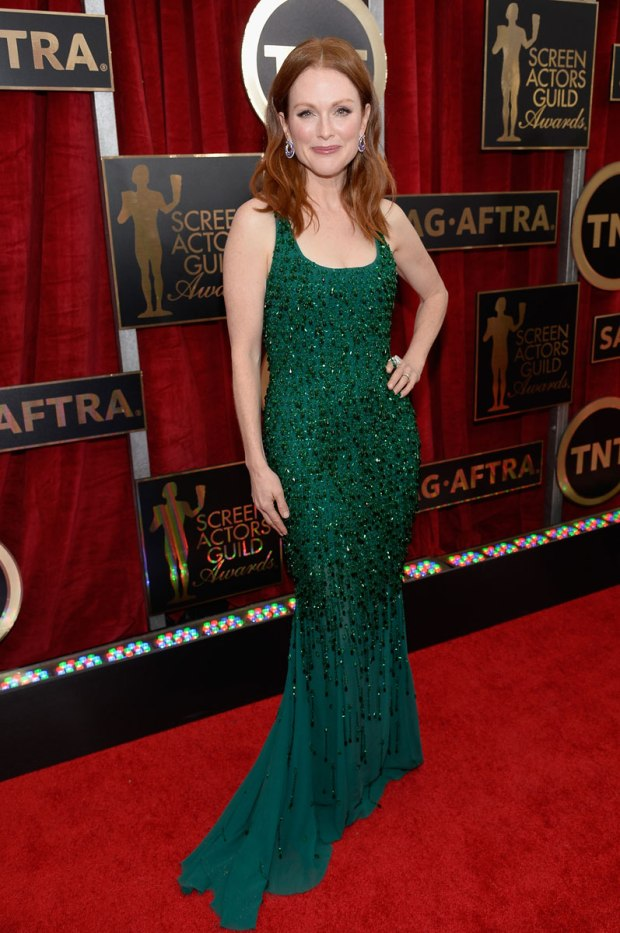 Julianne-Moore-sag-awards-red-carpet-2015