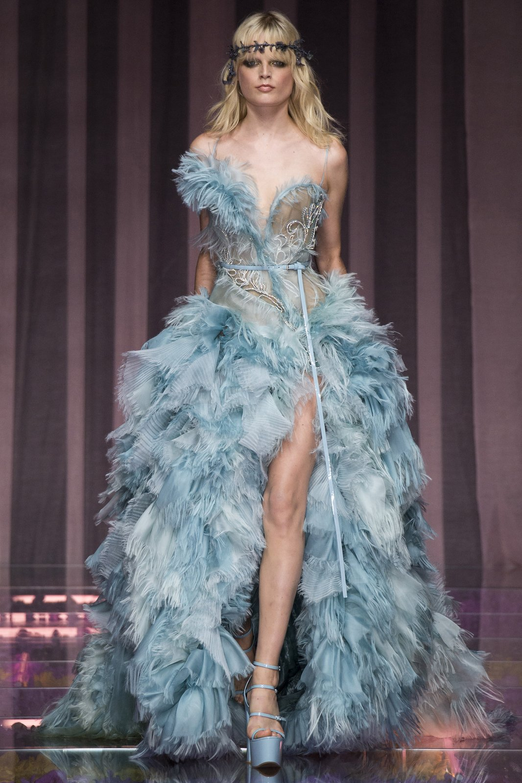 Versace haute couture fw16 mixed feelings fashion et for Haute couture 2015