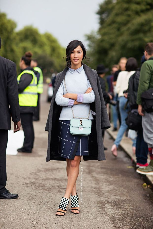 windowpane-prints-fall-pastels-navy-grey-mixed-prints-mini-purse-bag-wrap-skirt-via-stockholm-streetstyle.com_