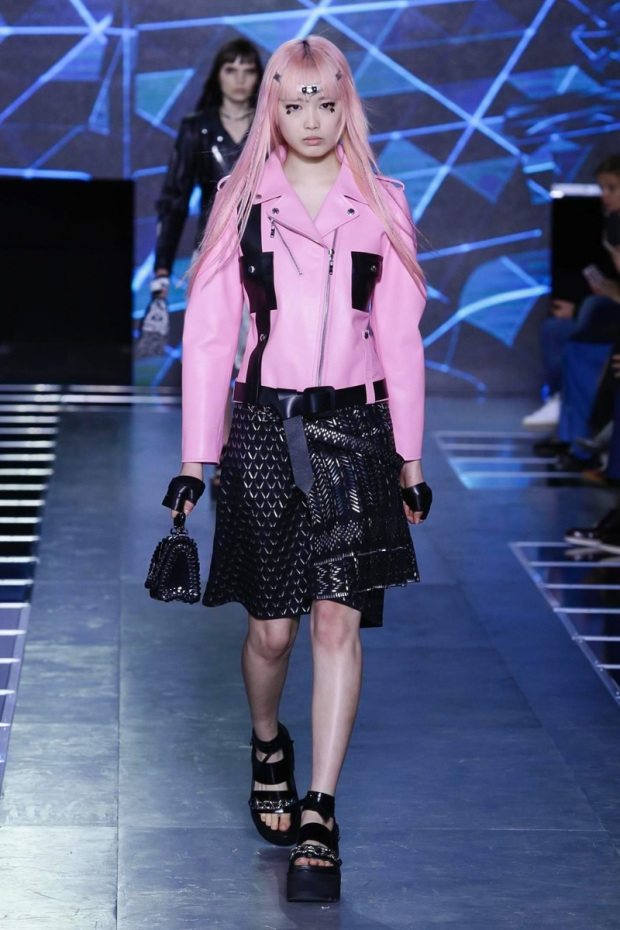 Louis Vuitton Fashion Show, Ready to Wear Collection Spring Summer 2016 in Paris
