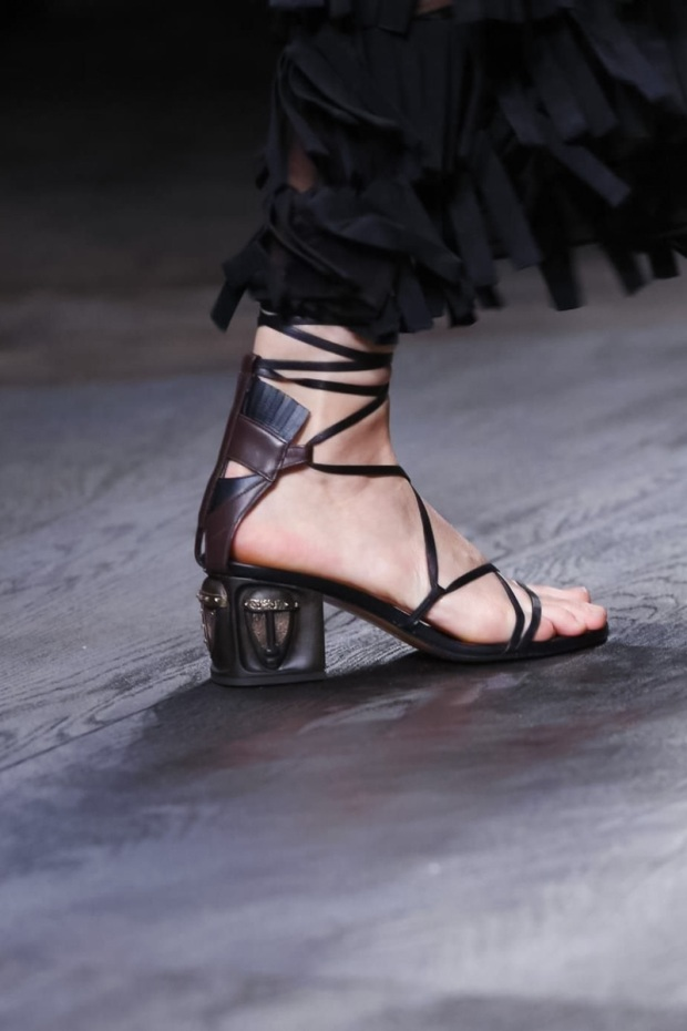 Valentino Fashion Show, Ready to Wear Collection Spring Summer 2016 in Paris