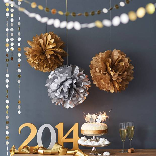 metallic-gold-and-silver-pom-pom-balls