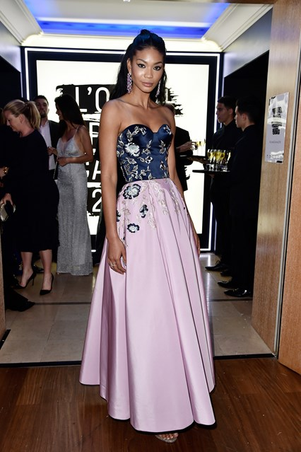 chanel-iman-vogue-19may16-getty_426x639
