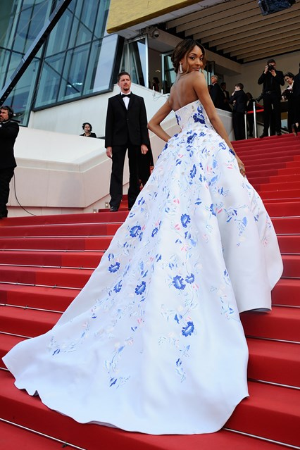 jourdan-dunn-vogue-19may16-pa_426x639